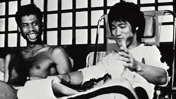 Figurine de Bruce Lee édition «Kato» par Enterbay